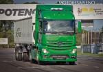 Mercedes-Benz presento los nuevos camiones Actros y Arocs 5