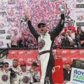 NASCAR - Dover 2018 - Kevin Harvick en el Victory Lane