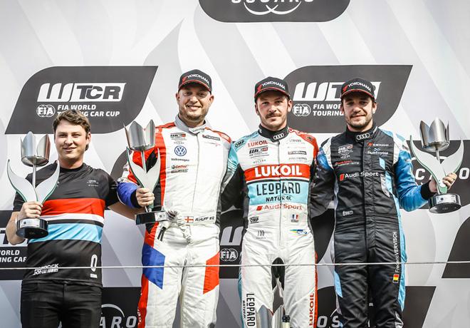 WTCR - Zandvoort - Holanda 2018 - Carrera 3 - Rob Huff - Jean-Karl Vernay - Frederic Vervisch en el Podio
