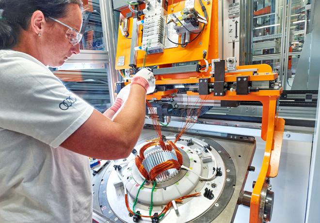 Audi comenzo a producir sus motores electricos en Hungria 2