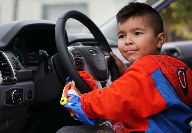 Argentinaton llega al extremo norte del pais a bordo de la Ford Ranger