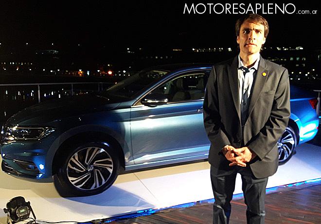 Juan Salaberry - Gerente de Marketing de Shell Lubricantes - en la presentacion del Nuevo VW Vento