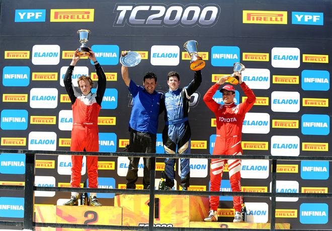 TC2000 - San Martin - Mendoza 2018 - Carrera - Hernan Palazzo - Nicolas Moscardini - Juan Cruz Acosta en el Podio