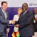 VW expande su compromiso en Africa - Firma memorandos de entendimiento con Ghana y Nigeria