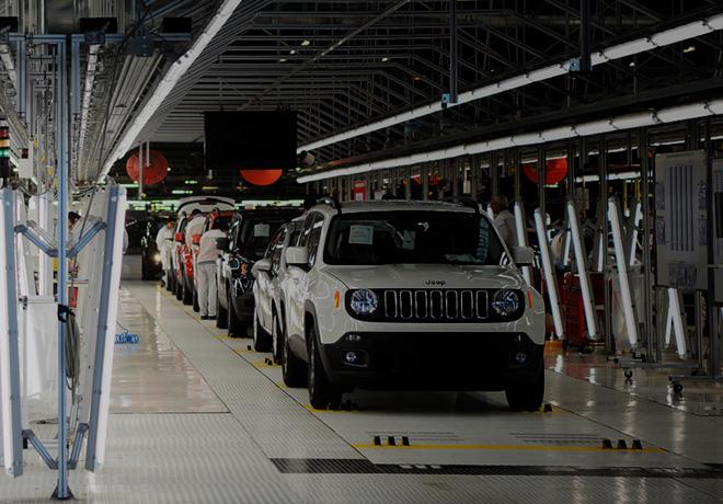 La planta de Melfi -en Italia- se prepara para la produccion de un nuevo Jeep Renegade hibrido elictrico