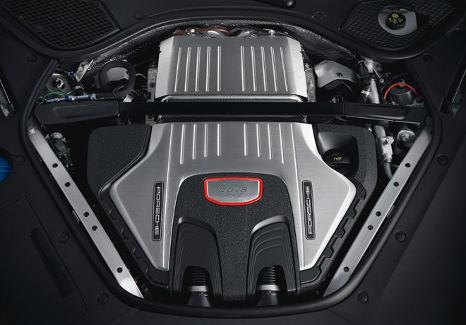 Porsche Panamera GTS - Motor V8 biturbo de 4000 cc