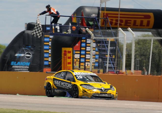 TC2000 - San Luis II 2018 - Carrera Final - Nicolas Dapero - Renault Fluence