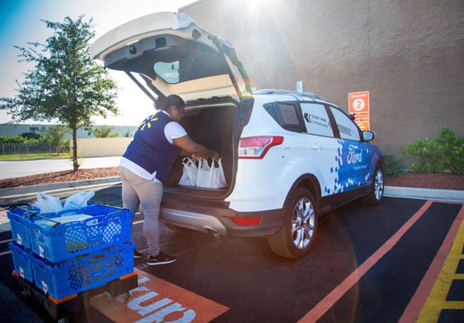 Ford - Walmart - Postmates colaboran en un servicio de delivery con autos autonomos 2