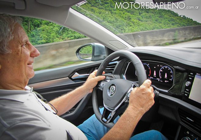 Hector O Losino en el Volkswagen Vento Driving Experience en Tucuman