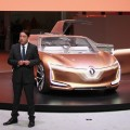 Luiz Fernando Pedrucci - Presidente de Renault para America Latina - junto al Symbioz