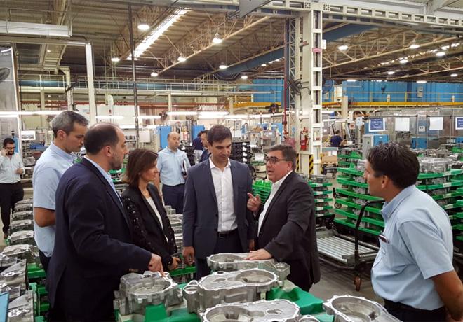 VW Argentina recibio en el Centro Industrial Cordoba visitas del Ministerio de Producción de la Nacion 1