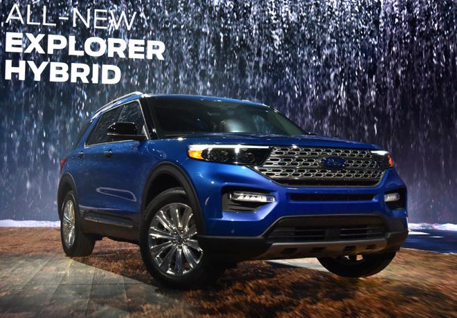 Ford presento el Ford Explorer Hybrid en el Salon de Detroit