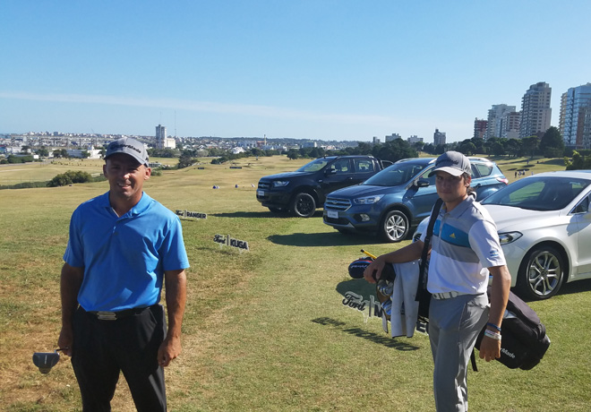 Ford - Mateo Fernandez de Oliveira y Caldomiro Carranza en el 101 Abierto del Sur en el Mar del Plata Golf Club