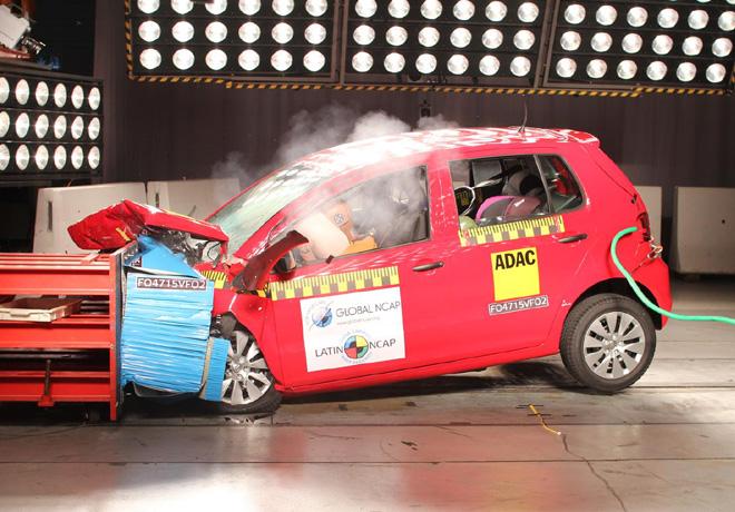 Latin NCAP - VW Fox - con 2 Airbags