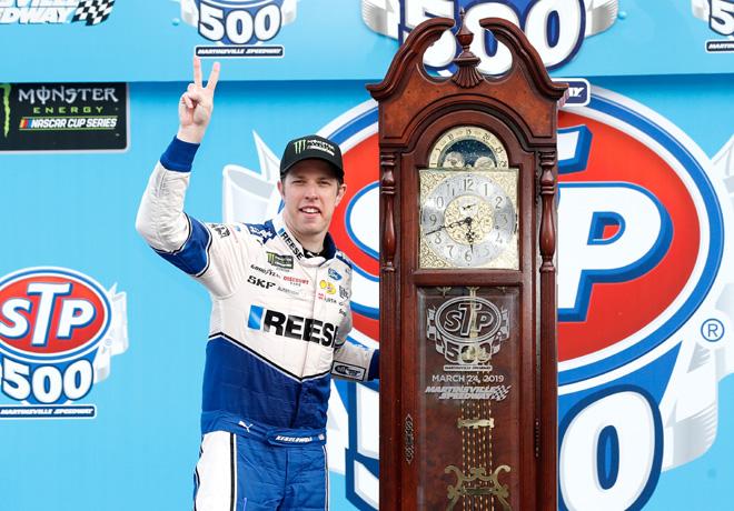 NASCAR - Martinsville 2019 - Brad Keselowski en el Victory Lane