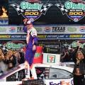 NASCAR - Texas 2019 - Denny Hamlin en el Victory Lane