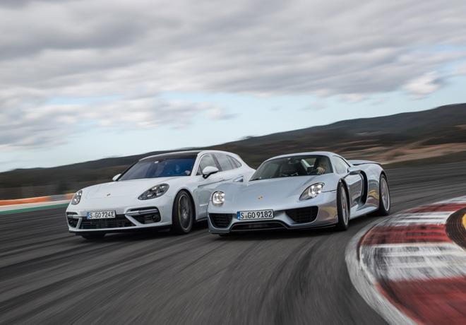 Porsche E-Performance - la estrategia de sobrepropulsion de la actual gama de modelos hibridos enchufables del Panamera fue adaptada del 918 Spyder