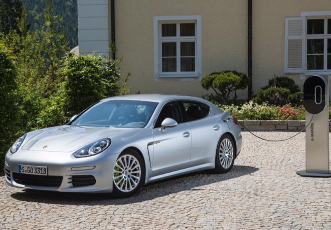 Porsche Panamera G1 II fue el primer hibrido enchufable en el segmento de lujo