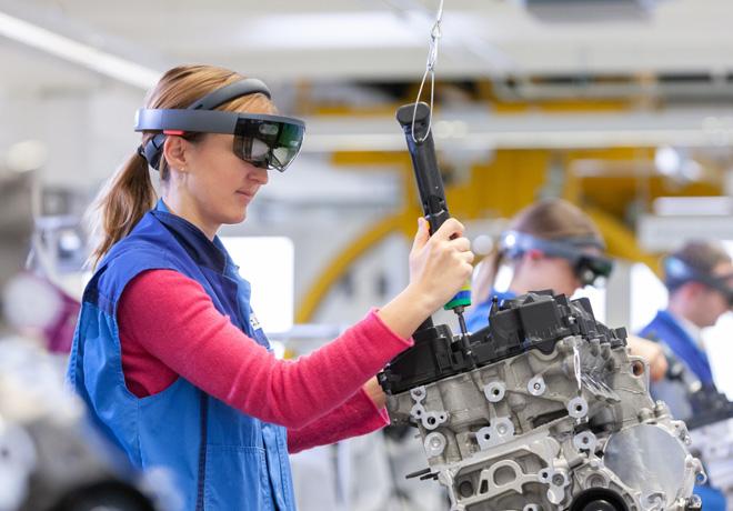 Realidad virtual y aumentada en el sistema de produccion de BMW Group 1