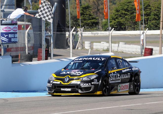STC2000 - Alta Gracia - Cordoba 2019 - Carrera - Leonel Pernia - Renault Fluence