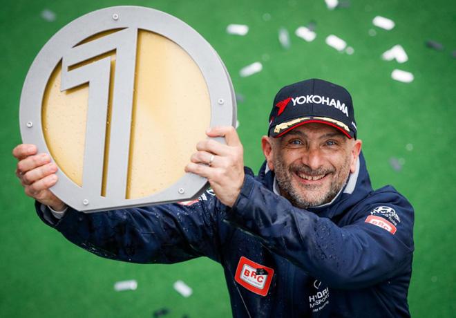 WTCR - Hungaroring - Hungria 2019 - Carrera 3 - Gabriele Tarquini en el Podio