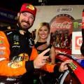 NASCAR - Charlotte 2019 - Martin Truex Jr en el Victory Lane