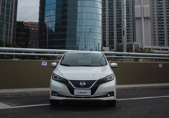 Nissan LEAF en el Paseo del Bajo 1