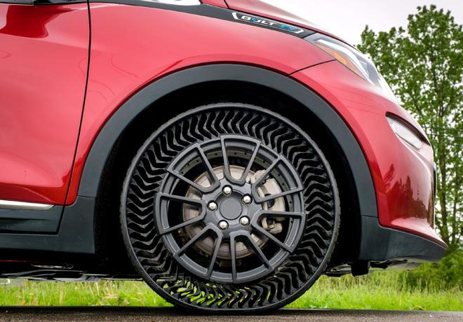 GM y Michelin desarrollaron un neumático sin aire.
