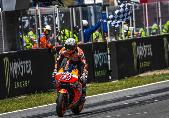 MotoGP en Catalunya – Carrera: Un triunfo y una caída múltiple blindan al líder Márquez.