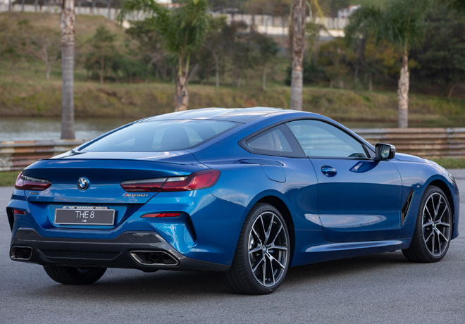 BMW M850I xDrive Coupe 3