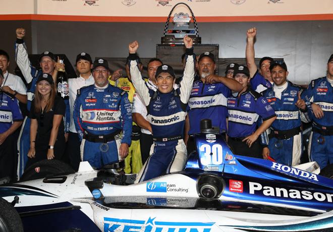 IndyCar - Gateway 2019 - Carrera - Takuma Sato en el Victory Lane