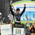 NASCAR - Michigan 2019 - Kevin Harvick en el Victory Lane
