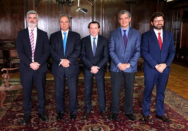 Argentina-Brasil - Nuevo acuerdo automotriz por diez anios