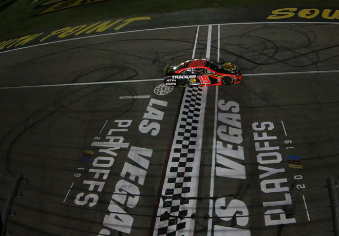 NASCAR - Las Vegas 2019 - Martin Truex Jr - Toyota Camry