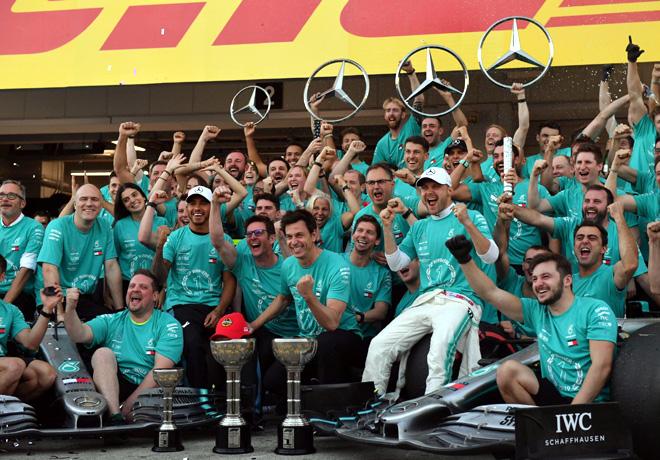 GP de Japón de Fórmula 1 – Carrera: Victoria de Valtteri Bottas, y sexto título consecutivo de Constructores para Mercedes.