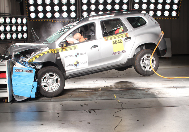 Latin NCAP - Renault New Duster - con 2 Airbags
