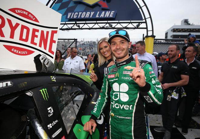 NASCAR - Dover 2019 - Kyle Larson en el Victory Lane