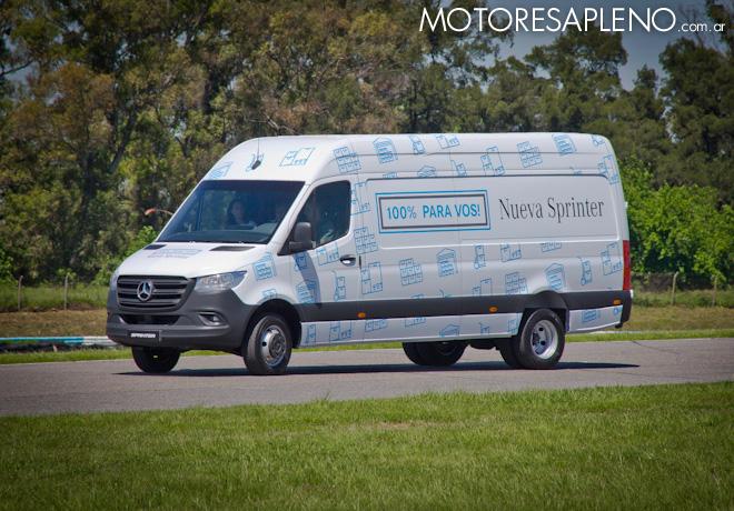 Prueba dinamica de la Nueva Mercedes-Benz Sprinter en el Autodromo de Buenos Aires 10