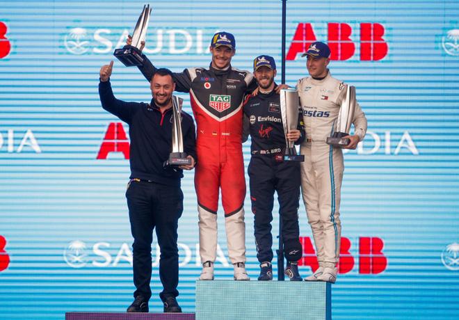 Formula E - Ad Diriyah - Arabia Saudita 2019 - Carrera 1 - Andre Lotterer - Sam Bird - Stoffel Vandoorne en el Podio