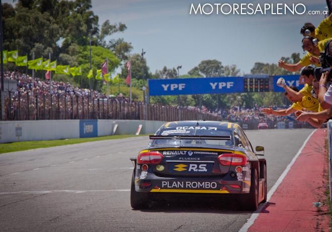 STC2000 - 200 km de Buenos Aires 2019 - Carrera - Leonel Pernia - Damian Fineschi - y equipo Renault