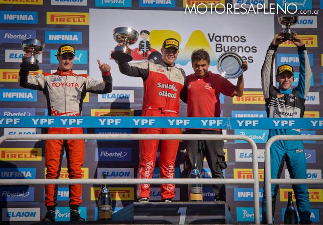 TC2000 - Buenos Aires II 2019 - Carrera Sprint - Ignacio Julian - Matias Cravero - Martin Chialvo en el Podio