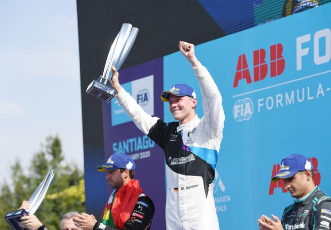Formula E - Santiago de Chile - Chile 2020 - Carrera - Antonio Felix da Costa - Alexander Sims - Mitch Evans en el Podio