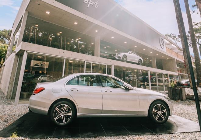 Mercedes-Benz Summer Spot