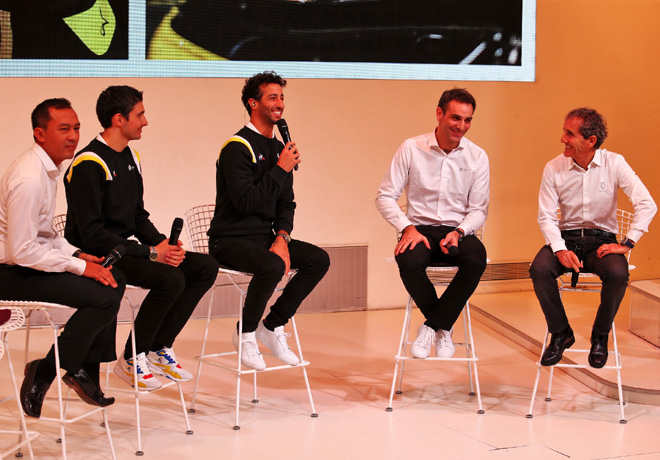 Formula 1 - Renault Sport se presento sin el monoplaza en Paris