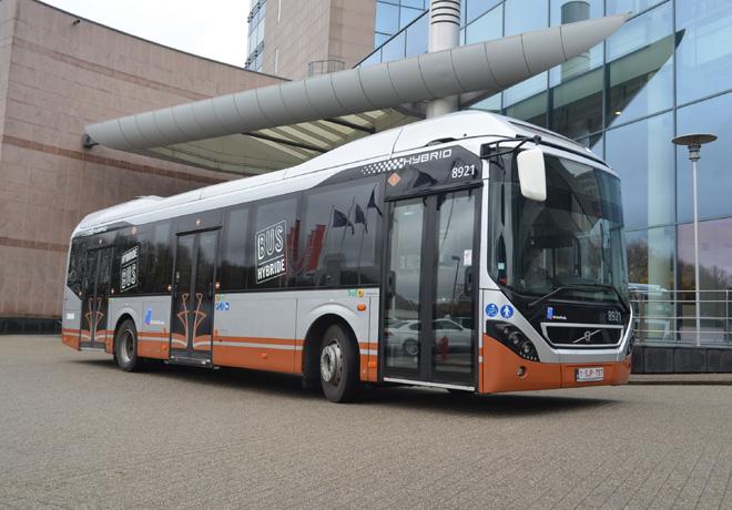 Electromovilidad: la ciudad de Bruselas adquiere 128 buses híbridos de Volvo.