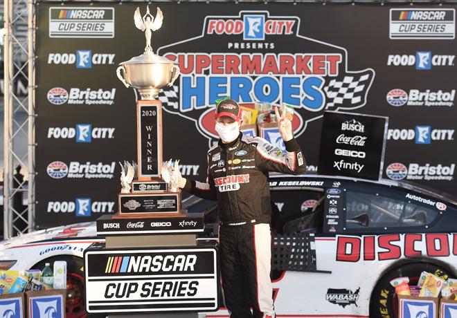 NASCAR en Bristol – Carrera: Brad Keselowski ganó la segunda carrera de la temporada.