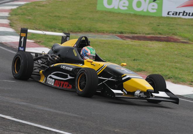 Fórmula 2.0 by Renault en Paraná – Carrera 1: Regreso triunfal del campeón Guido Moggia.